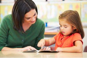 Tips Mengajari Anak Membaca dan Menulis