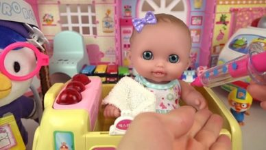 Manfaat Bermain Boneka untuk si Kecil