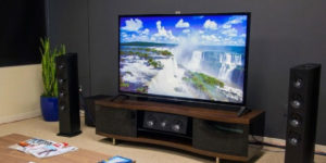 Merk TV Led Canggih yang Bakal Bikin Acara Nonton Makin Puas!