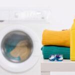 Ketika Mencuci Baju dengan Mesin Cuci, Jangan Lakukan Kesalahan Ini!