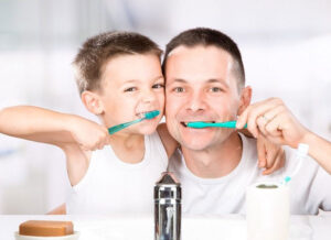 Biasakan sikat gigi sebelum tidur